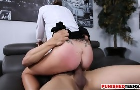 Hot brunette chick Dakota Vixin gets pussy..