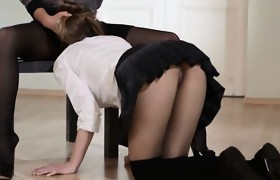 20yo schoolgirl gets fuck from strap on